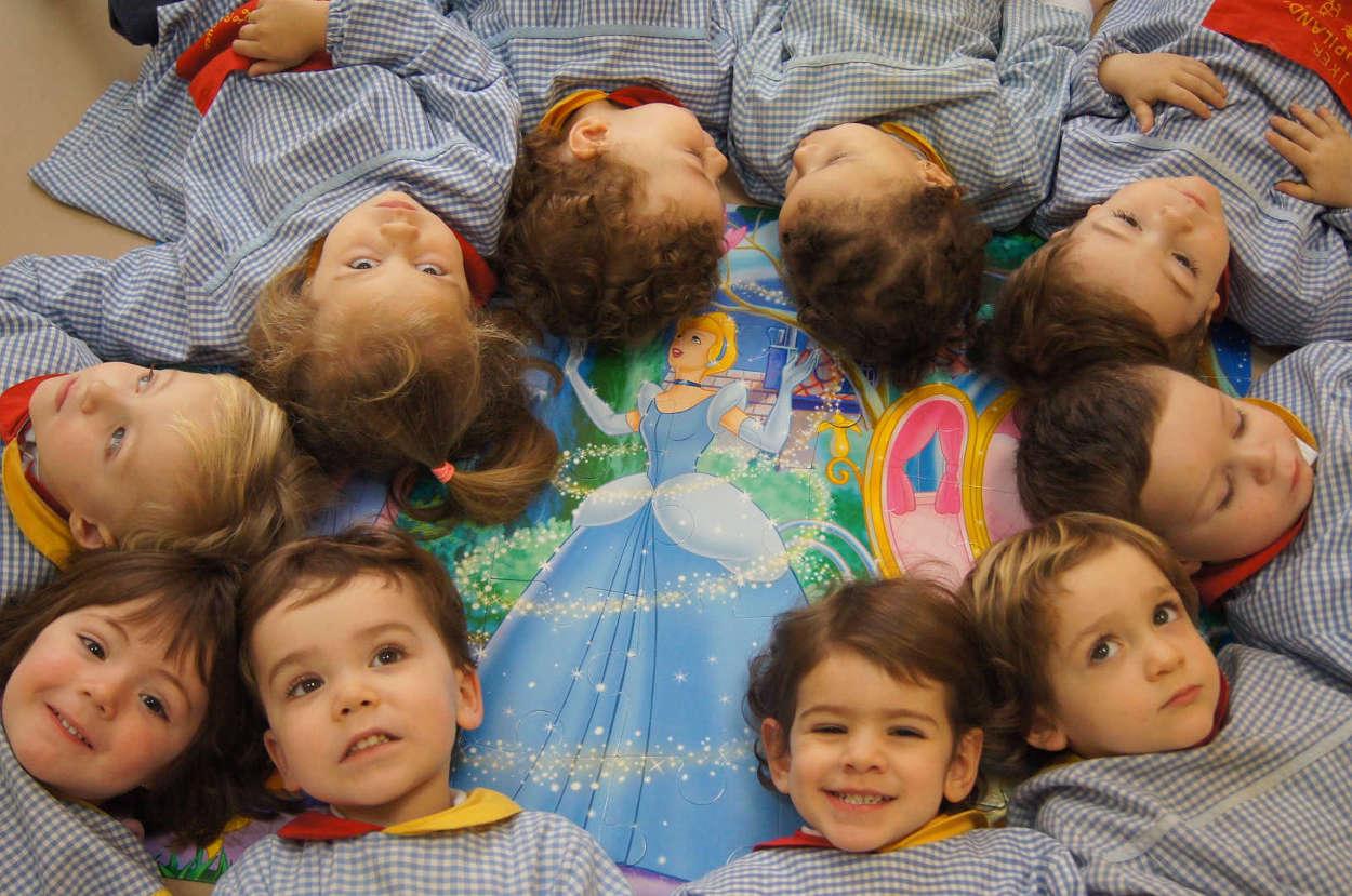 Escuela infantil foto